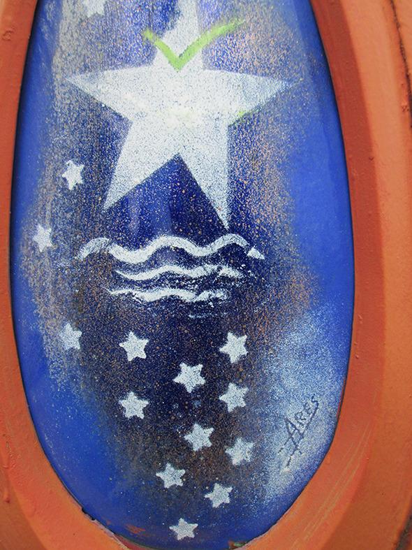 Alex Hallatt saw enamel art by Julia Ares!